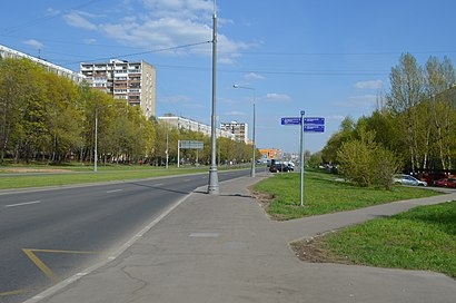 How to get to Улица Красного Маяка 9 with public transit - About the place