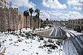 חומות ירושלים המפרידה בין הישן לחדש.jpg