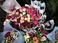母親節路邊賣的鮮花 - panoramio - Tianmu peter (2).jpg
