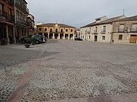 02 Fuentepelayo Plaza Mayor Ni.jpg