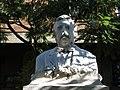 032 Monument a Josep Anselm Clavé, de Joan Barrera, av. Sant Ignasi de Loiola (Badalona).jpg