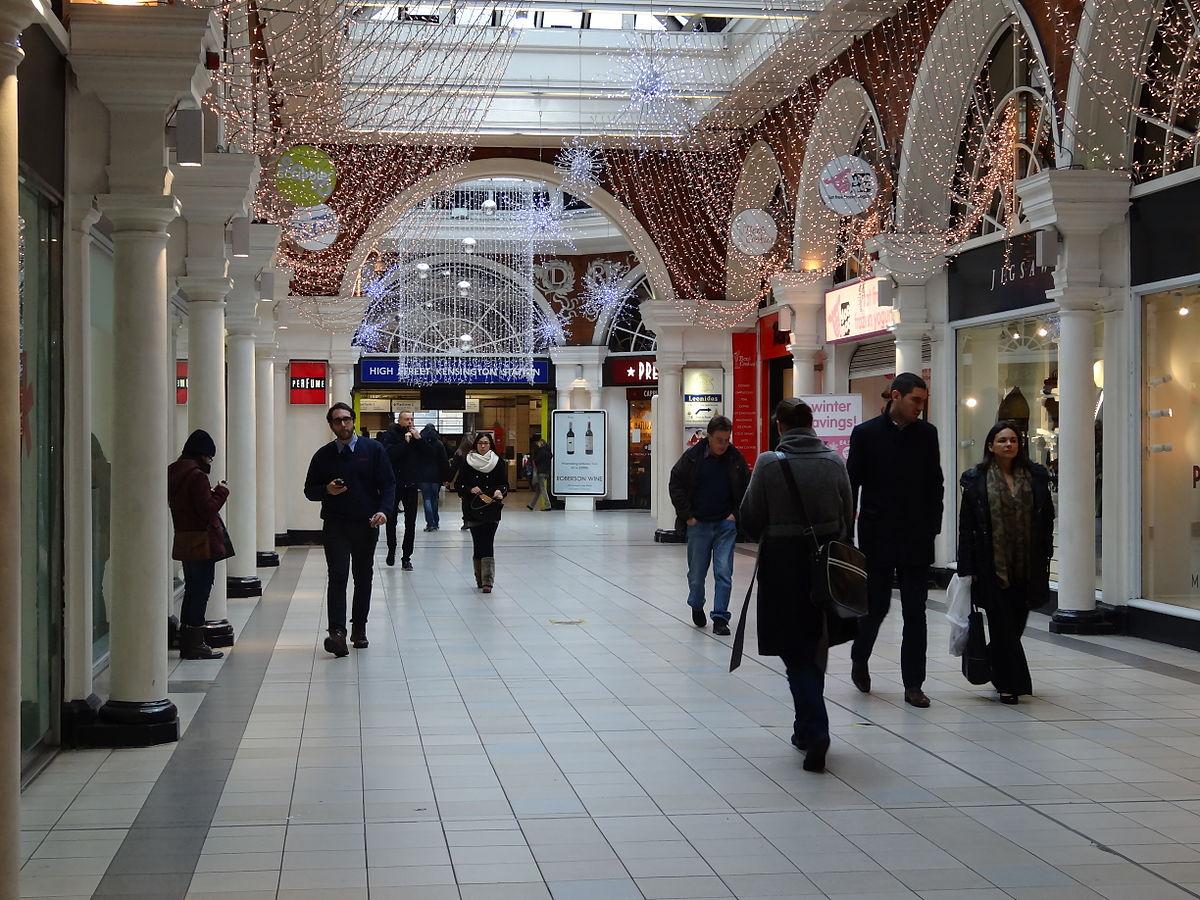 Kensington High Street Fashion And Shopping Area