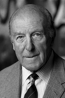 Henry Somerset, 10th Duke of Beaufort British noble