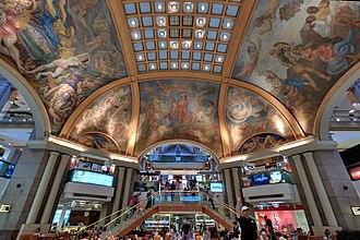 Galerías Pacífico - Frescos in the cupola of Galerías Pacífico. The central panel in the image was painted by Antonio Berni.
