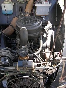 1974 Citroen 2CV engine.jpg