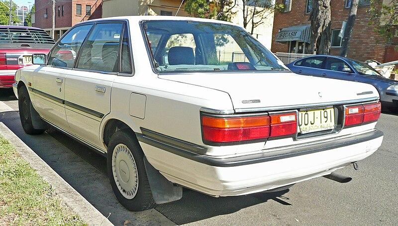 1991 Toyota Camry Deluxe - Sedan 2.0L Manual