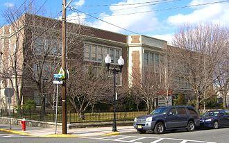 Memorial High School (West New York, New Jersey) - Image: 2.1.12Memorial High School By Luigi Novi 2