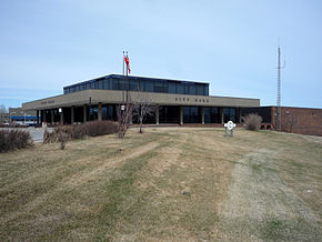 2009-0519-CDNtrip-028-Thompson-CityHall.jpg