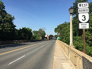 Virginia State Route 3 - View west along SR 3 Bus entering Fredericksburg