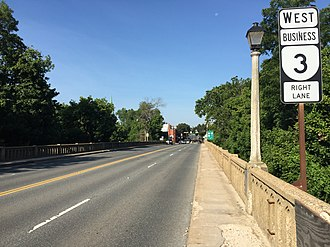 Virginia State Route 3 - View west along SR 3 Bus. entering Fredericksburg