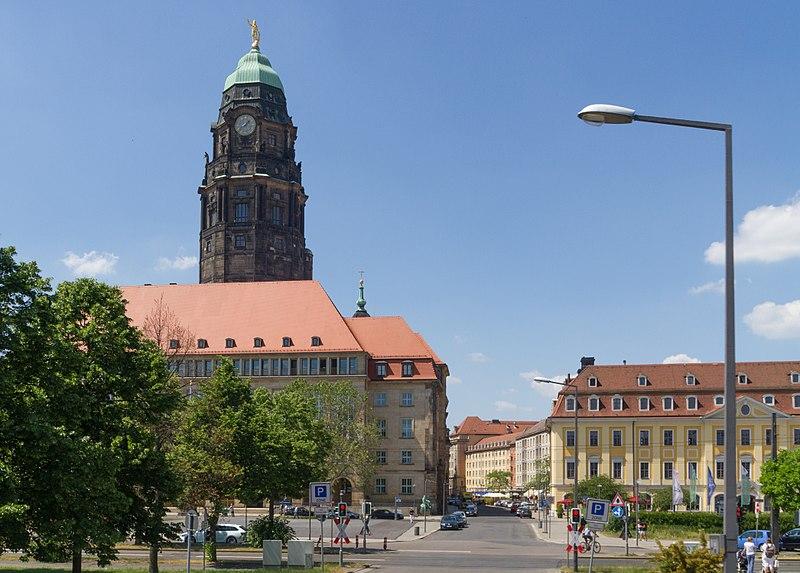 2017-06-02 Pirnaischer Platz, Dresden 2.jpg