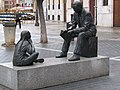 2018-03-23 Sculpter by Rafael Cordero, Plaza Inmaculada Concepción, Palencia, Spain (1).JPG