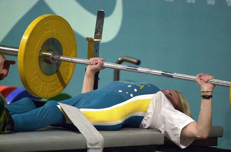 File:221000 - Powerlifting Suzanne Twelftree 48kg action 3 - 3b - Sydney 2000 match photo.jpg