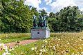 56087-CLT-0008-01 De Burgers van Calais van Auguste Rodin in de tuin van Mariemont.jpg