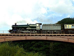 GWR 7800 Class 7802 Bradley Manor - 7802 Bradley Manor crossing Victoria Bridge.