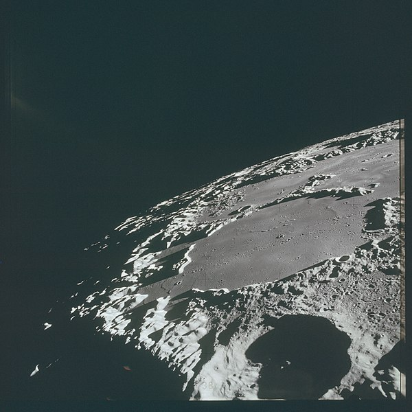 Oblique view of Thomson from Apollo 15 AS15-87-11724 (21660612795).jpg