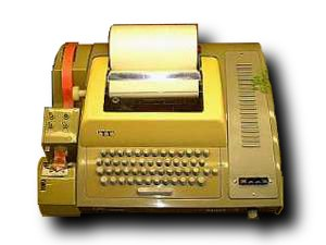 Computer terminal - A Teletype Model 33 ASR teleprinter, usable as a terminal
