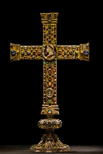 Crux gemmata - The front side of the Cross of Lothair (ca. 1000 AD)