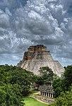 Pirámide del Adivimo en Uxmal