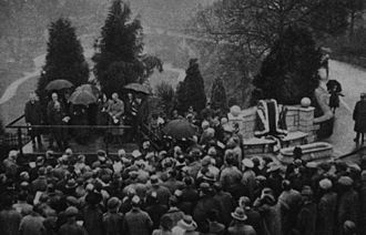 Thomas Agar-Robartes - Unveiling in November 1922 of a memorial seat at St Austell, Cornwall, commemorating Agar-Robartes. This photograph shows Sir Clifford Cory MP speaking before the unveiling