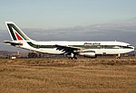 Airbus A300B4-203, Alitalia JP6534739.jpg