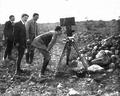 Alfonso XIII y la cámara.png