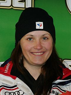 Anémone Marmottan French alpine skier