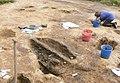Arkeolog Tove Hjørungdal i arbete under utgrävningar i Ytterby 2009.jpg