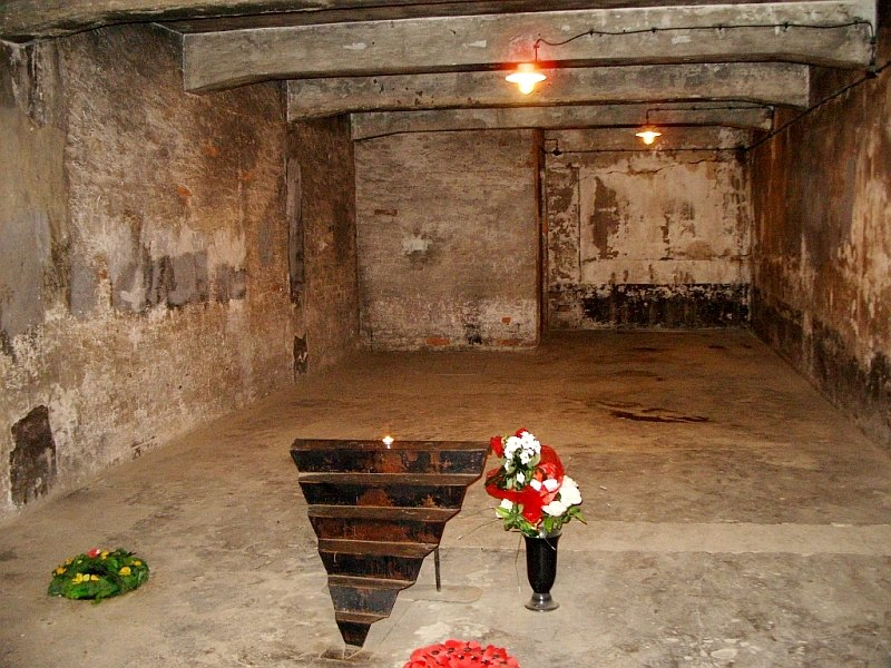 Aushwitz I gas chamber memorial