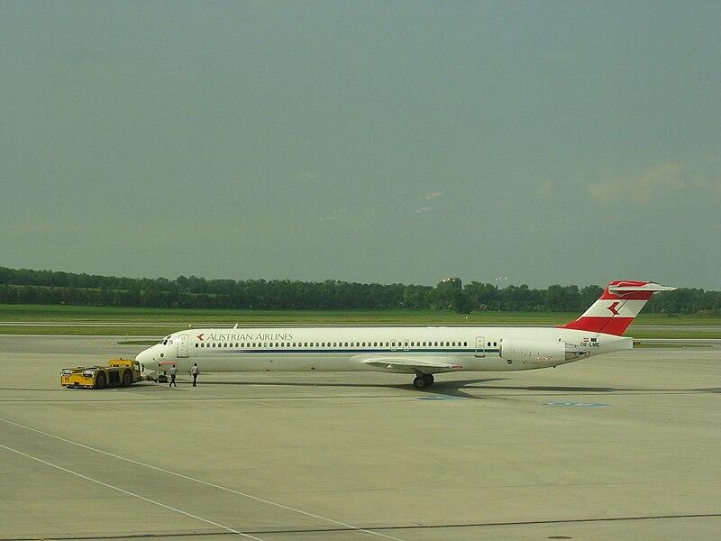 File:Austrian Airlines sol.JPG