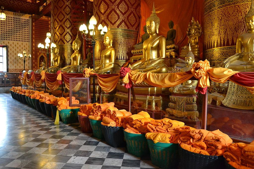 Ayutthaya Thailand Wat Phanan Choeng Golden Buddhas Statues
