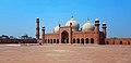Badshahi Mosque 20180624 100909a.jpg