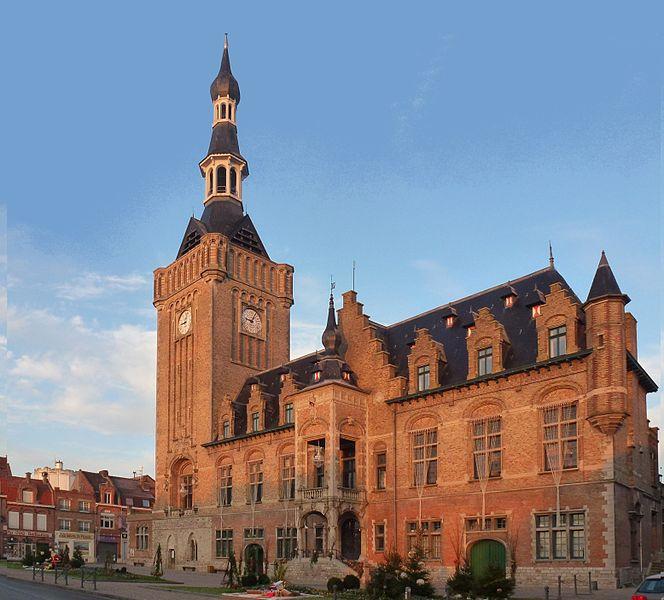 Bailleul, France.- l'Hôtel de ville et le Beffroi. Beffrois du Nord-Pas-de-Calais,France