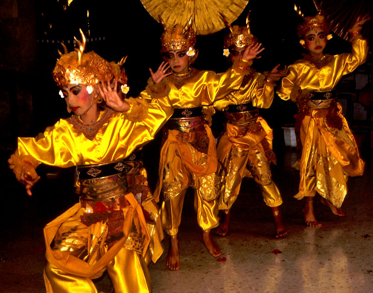File:Bali Dancers Balinese Dance - Yellow Gold Silk.jpg
