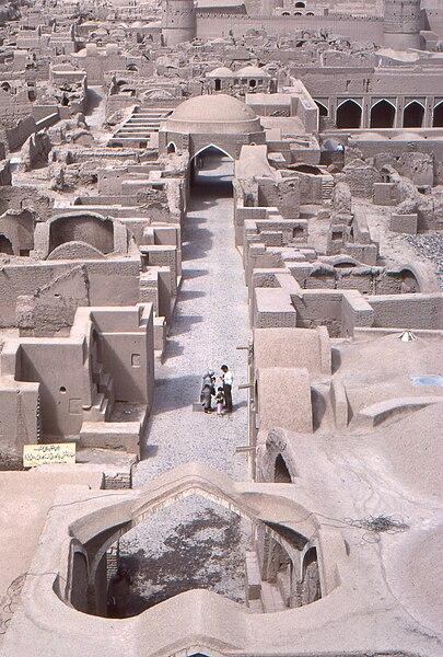 پرونده:Bam bazar Iran.jpg