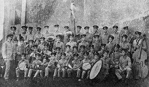 União Filarmónica do Troviscal - Banda Escolar do Troviscal, Official photo taken in 1915, conducted by José de Oliveira Pinto de Sousa