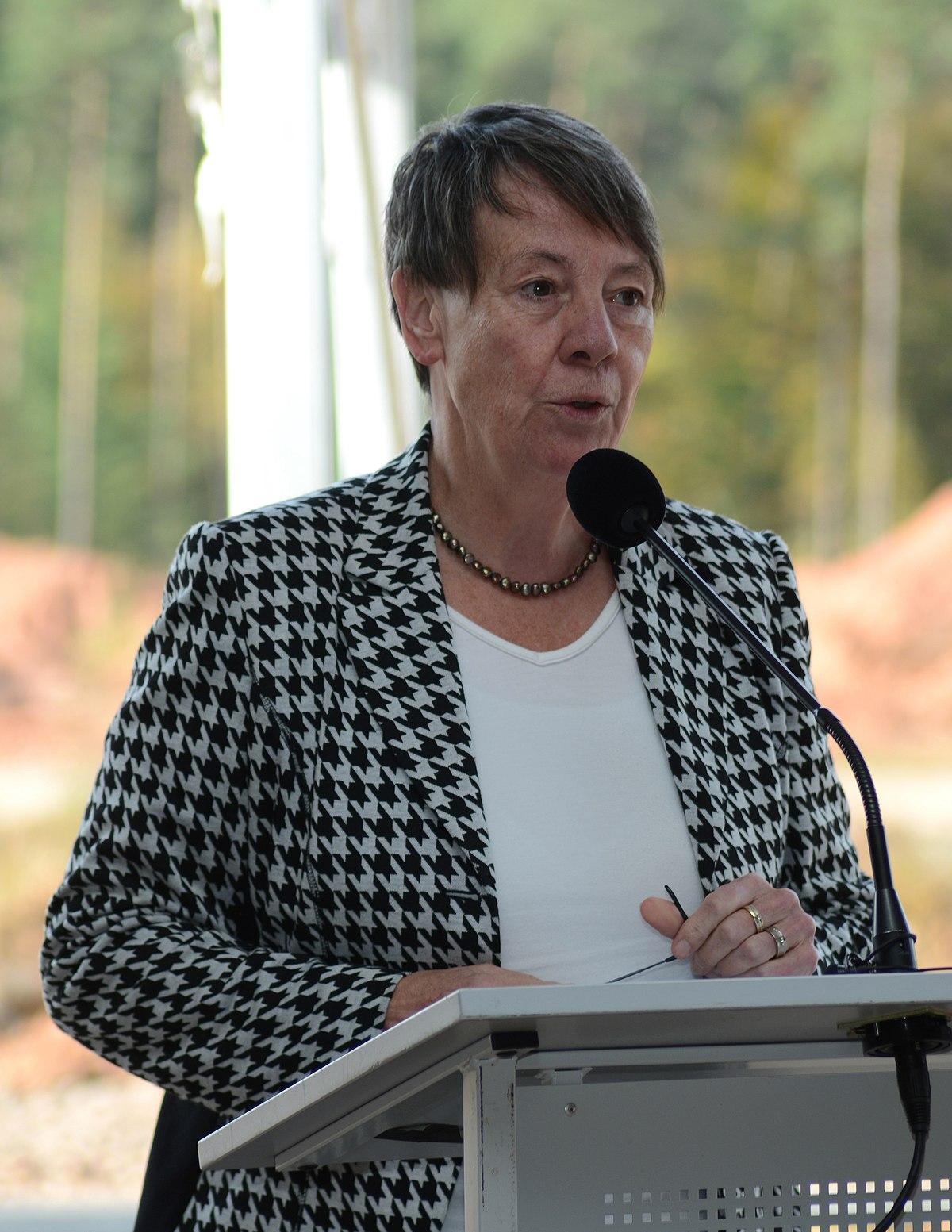 Barbara Hendricks Politician