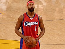 Baron Davis shoots a free throw.jpg