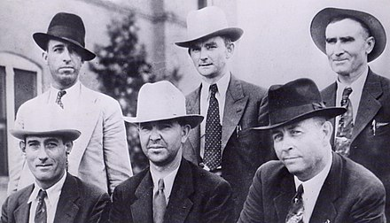 Gibsland posse; front: Alcorn, Jordan, and Hamer; back: Hinton, Oakley, Gault BarrowDeathPosse1934.jpg