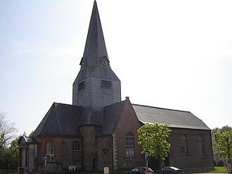Bellegem - Image: Bellegem Sint Amanduskerk 3