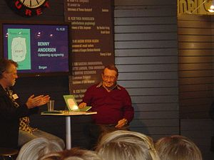 Benny Andersen - Benny Andersen (right) at the 2009 Danish book fair