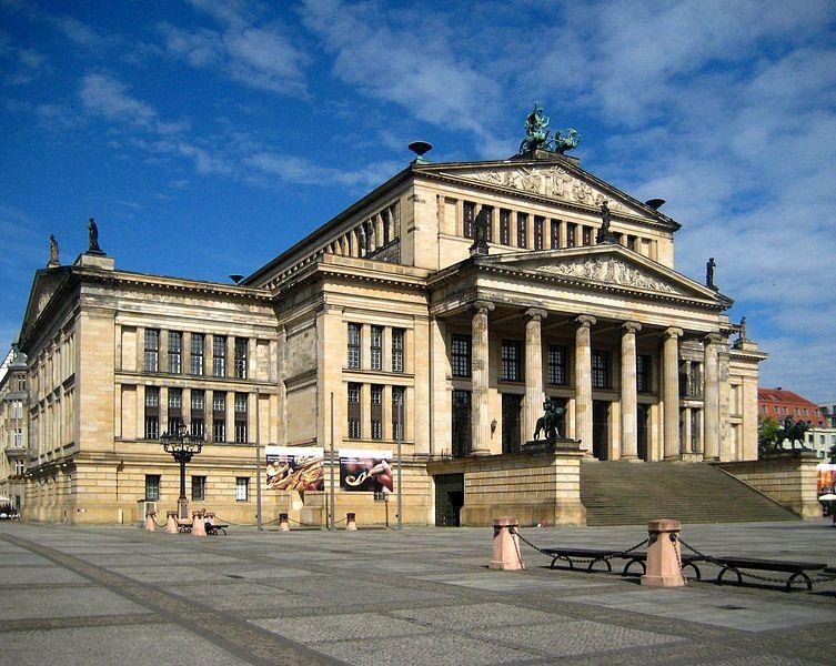 Fileberlin mitte gendarmenmarkt konzerthaus jpg wikimedia