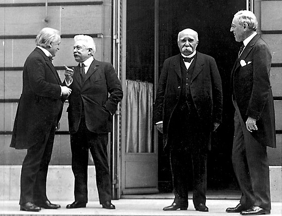 "The ""Big Four"" at the Paris Peace Conference of 1919: David Lloyd George, Vittorio Emanuele Orlando, Georges Clemenceau and Woodrow Wilson Big-Four-Paris 1919.jpg"