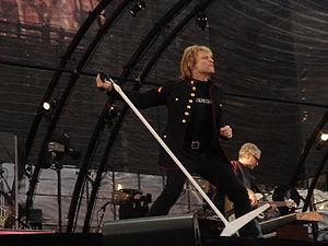 Jon Bon Jovi on stage live at Dublin May 2006.