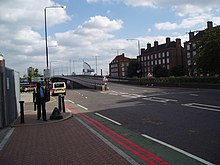 Bow Flyover - geograph.org.uk - 134071.jpg