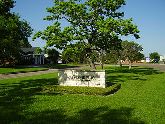Braeswood Place, Houston - A sign marking Braeswood Place