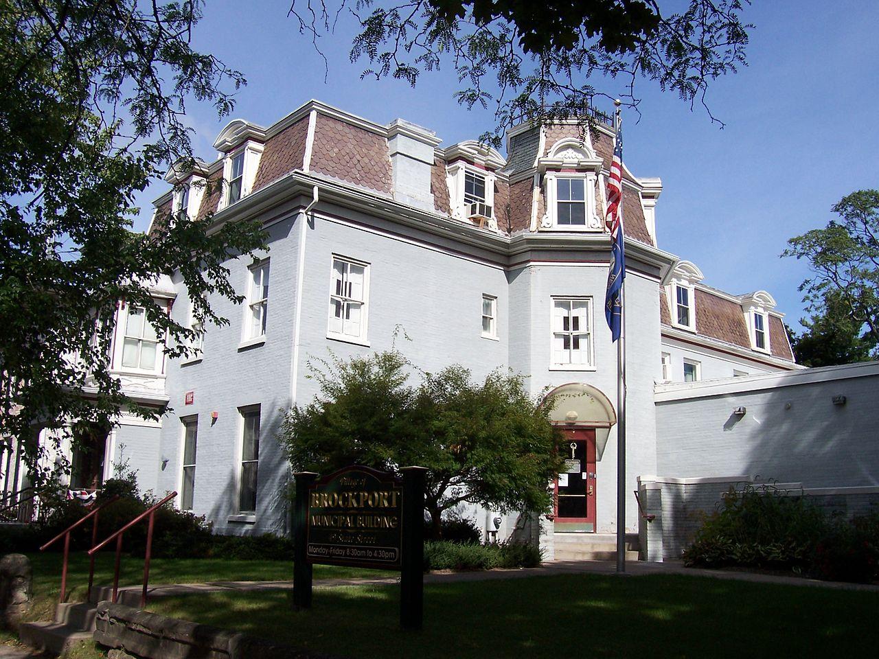 File:Brockport, New York village offices.jpg - Wikimedia ...