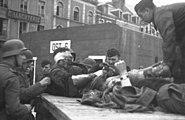 Bundesarchiv Bild 101II-MW-3719-28, St. Nazaire, britische Kriegsgefangene