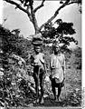 Bundesarchiv Bild 105-DOA0223, Deutsch-Ostafrika,Leute aus dem Mahengebezirk.jpg