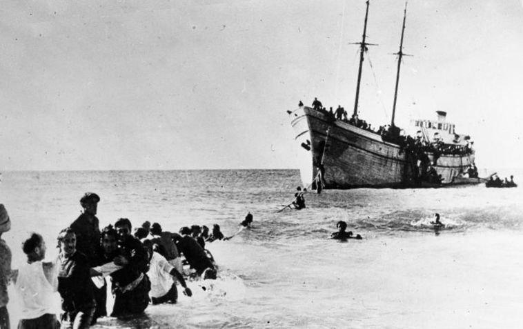 Bundesarchiv Bild 183-R68235, Naharija, Landung jüdischer Auswanderer